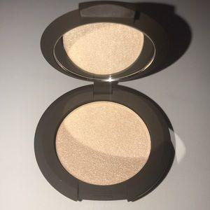 😍 2/$20 BECCA Shimmering Skin Perfector Moonstone